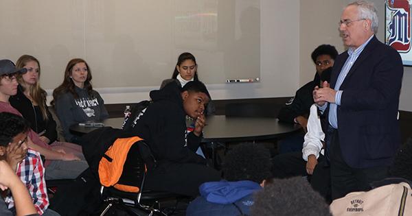 Alumnus shares thoughts on leadership