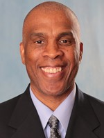 Head Coach Mike Davis