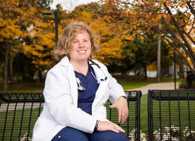 Sarah Hein '15 is helping deaf and hard-of-hearing students navigate healthcare education and careers.