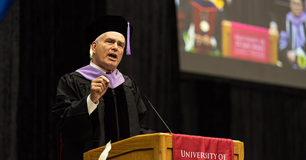 Class of 2019: Three simple rules from dental alumnus Mark T. Murphy '81